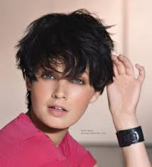 short curly hairstyles above the ear tomboyish and playful haircut with the action above the ears