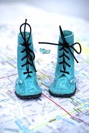 blue patterned shoes shoes blythe miema dollhouse