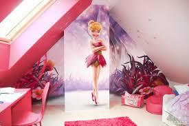 deco fee chambre fille fresque sur le thème de la fée clochette