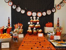 eat drink pretty halloween party dessert table
