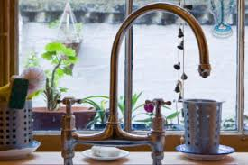 choosing a kitchen faucet how to choose a kitchen faucet howstuffworks