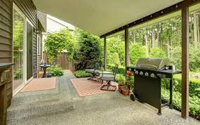 Best Outdoor Rug For Deck How Do I Choose The Best Indoor Outdoor Carpet With Pictures