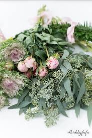 How To Make Flower Arra How To Make A Beautiful Wild Flower Arrangement Shabbyfufu