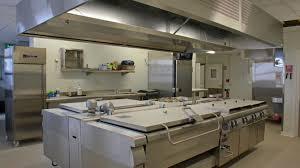 construction isotherme dans cuisine de collectivité énergies