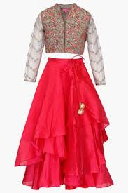 get upto 50 off on traditional u0026 ethnic wear for girls online