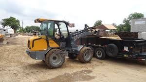 giant v6004t compact wheel loader new u0026 demonstrator