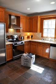Brown Subway Tile Backsplash by Best 25 Honey Oak Cabinets Ideas On Pinterest Honey Oak Trim