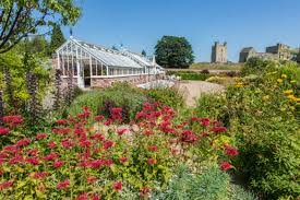 7 great english country gardens to explore