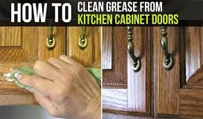 best thing to clean grease kitchen cabinets best ways to clean grease stains kitchen cabinets