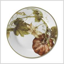 15 pretty thanksgiving plates for your table