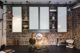 style de cuisine étagères de cuisine de style indus en acier les ateliers du 4