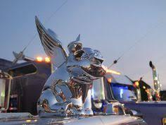 chrome fighting stallion ornament peterbilt