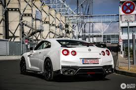 nissan gtr track edition nissan gt r 2017 track edition 27 september 2016 autogespot