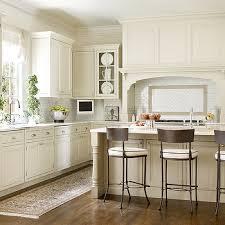 shaker kitchen ideas ivory shaker kitchen cabinets design ideas