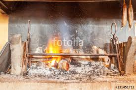 feu de cuisine foyer de cuisine créole au feu de bois photo libre de droits sur