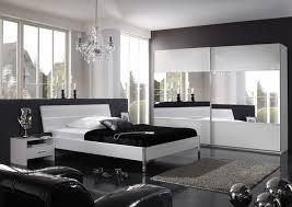 schlafzimmer modern komplett wohndesign geräumiges wunderbar spiegel schlafzimmer ideen