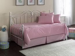 Daybed Bedding Sets For Girls Make The Best Choices In Kids Bedding Sets For Girls Home Design