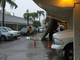 wind rips roof off fort myers beach resort nbc 2 com wbbh news