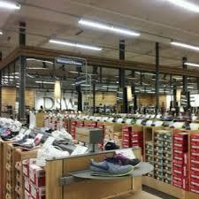 designer shoe outlet dsw designer shoe warehouse 31 photos 44 reviews shoe stores