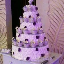 wedding cake surabaya harga angie s cake wedding wedding cake in surabaya bridestory