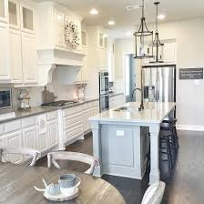 Farmhouse Kitchen Designs Photos by Best 20 Farmhouse Layout Ideas On Pinterest Farmhouse Home