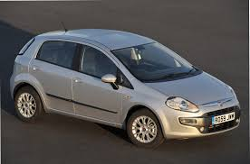 fiat punto evo hatchback review 2010 2012 parkers