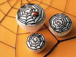 Halloween Cake Decorations Halloween Cupcake Decorations Spooky Ideas With Candy And Frosting