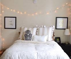 Dorm Room Lights by 10 Dorm Room Essentials For Guys And Gals