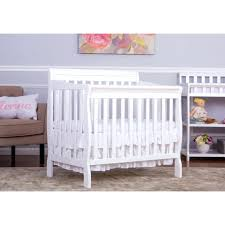 white mini crib with changing table dream on me crib dream on me 1 full size crib and changing table