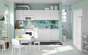 mur cuisine couleur pour cuisine 105 idées de peinture murale et façade