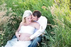 photographers in omaha ne belly bump maternity omaha ne maternity photography