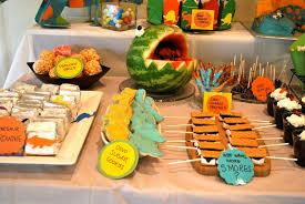 dinosaur birthday party dinosaur themed birthday party the baking way