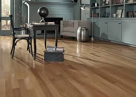 Bellawood Laminate Flooring Amber Brazilian Oak Will Complement Any Home This Hardwood Boasts