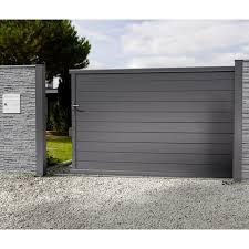 portail pour maison pas cher portail en alu coulissant nancray noir 300 cm castorama