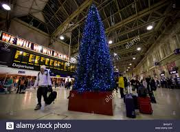 concourse and christmas tree at waterloo railway train station