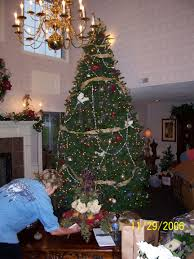 Holiday Decorated Homes by Holiday Decorating