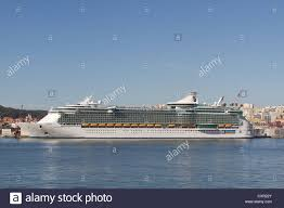 royal caribbean independence of the seas the biggest cruise ship