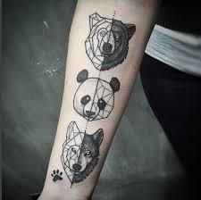 forearm wolf tattoos ursos e lobos geometricamente tatuados u2026 tattoos pinterest