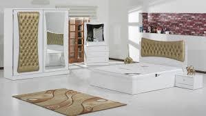 armoire chambre a coucher chambre a coucher blanc laque