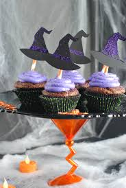 halloween cupcake stand u0026 cupcakes cupcake stands party stores
