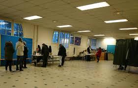 bureau de vote neuilly sur seine primaire de la gauche benoît hamon 36 et manuel valls 31