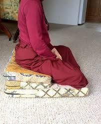 Folding Cushions Best 25 Meditation Cushion Ideas On Pinterest Meditation Rooms