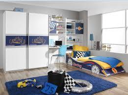 deco chambre enfant voiture ans garcon ado bleu voiture moderne fille decoration enfant mur