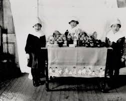 the pilgrims thanksgiving historic photos show serious faced kids reenacting thanksgiving in