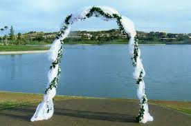 wedding arbor used decorating a wedding arbor with tulle how to decorate a wedding