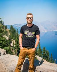 dierks bentley son dierks bentley is helping preserve the national parks people com
