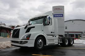 commercial volvo trucks for sale 2017 volvo truck vnl tandem axle daycab new truck for sale