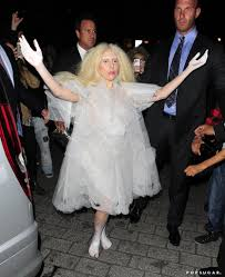 90 halloween costumes hard to tell if this is lady gaga as a ghost or gaga just being