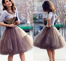 2017 cute short skirts young ladies knee length women skirts
