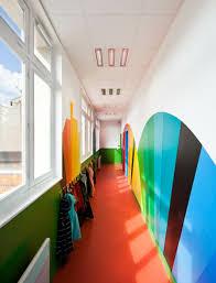 wandgestaltung kindergarten die kindergarten regenbogen motive wirken so schön archzine net